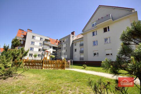 Maślice Wrocław ul. Augustowska 70-72 ul. Reszelska 1-7 realizacja 2012 r.